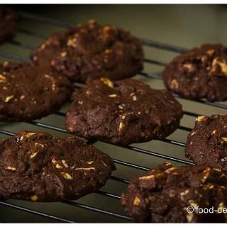 Chewy Chocolate Cookies with White Chocolate Chunks