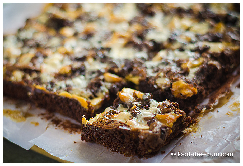 Food-Dee-Dum-Ruggedly-Loaded-Brownies-14