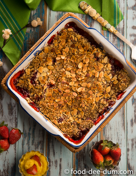 Food-Dee-Dum-Strawberry-Crumble-Recipe-13