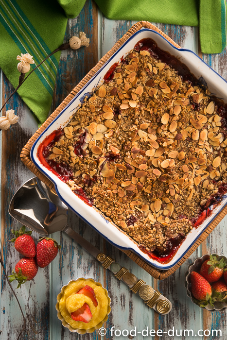 Food-Dee-Dum-Strawberry-Crumble-Recipe-15