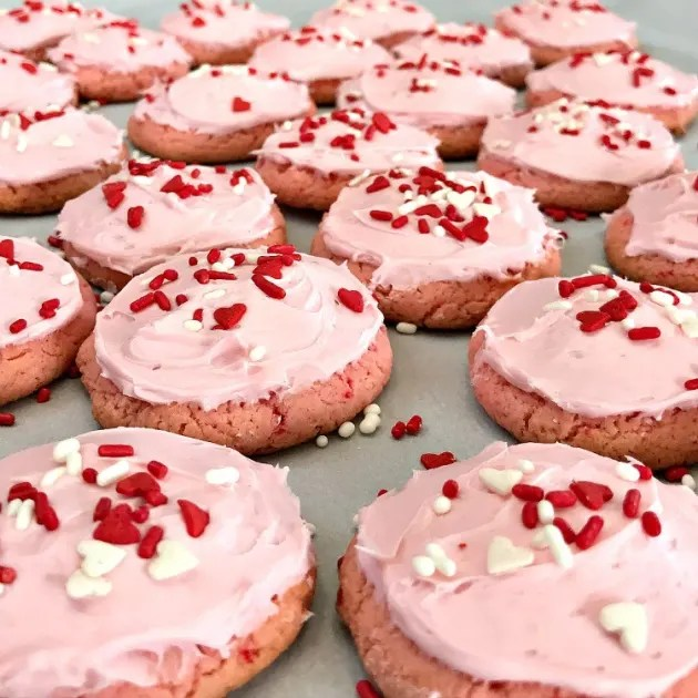Soft Chewy Strawberry Cake Mix Cookies By Intelligent