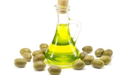 Оливковое масло против старения кожи лица