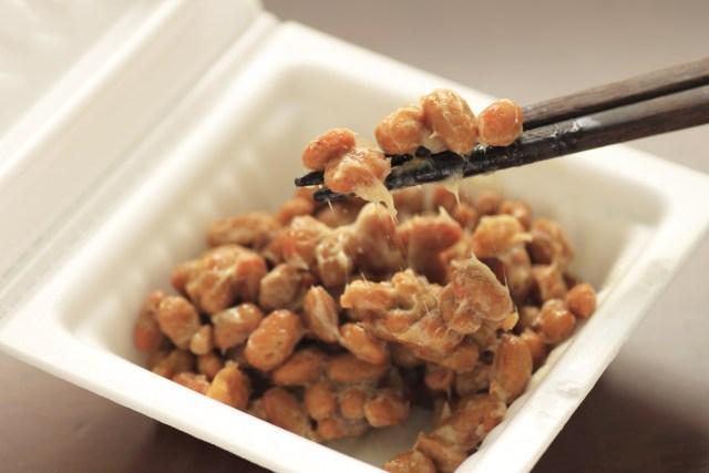 賞味期限切れの納豆はいつまで平気?白い粒(ぶつぶつ)や腐った時の状態と冷凍保存について