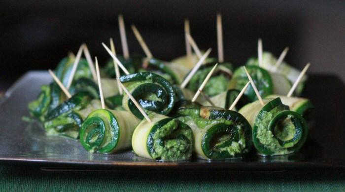 zucchini rolls on a platter