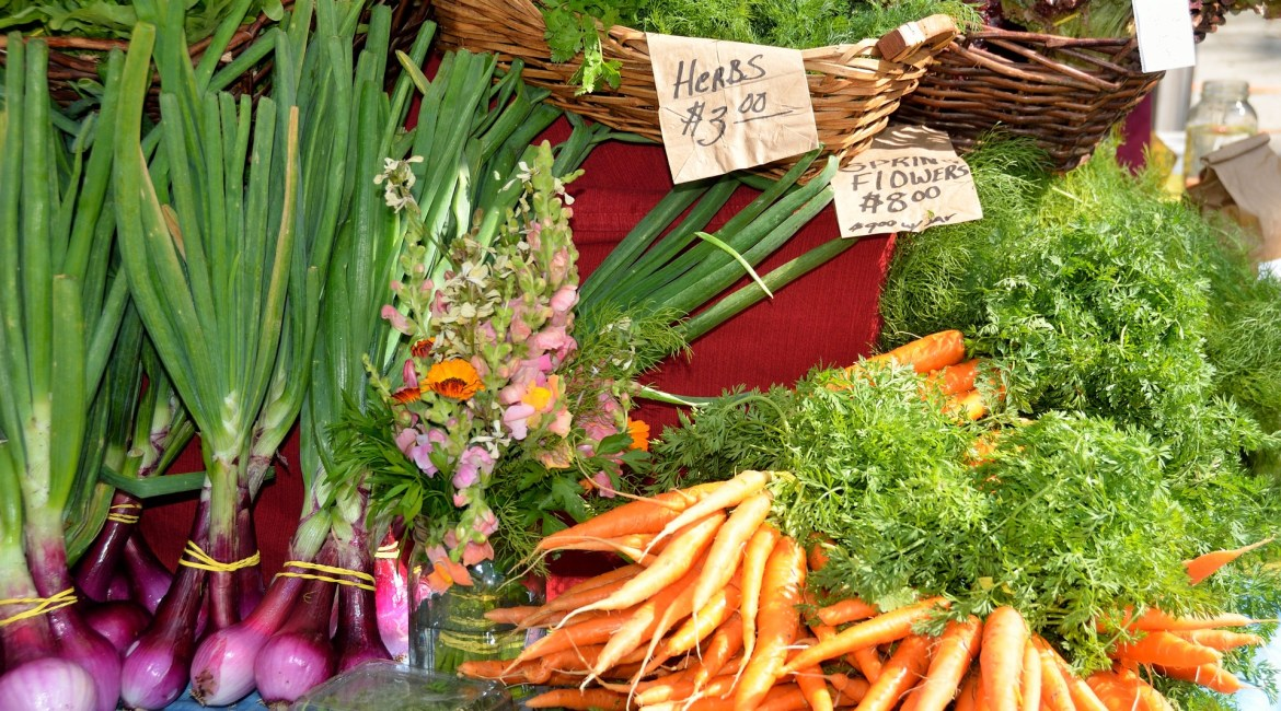 benefits of eating local, farmer's market