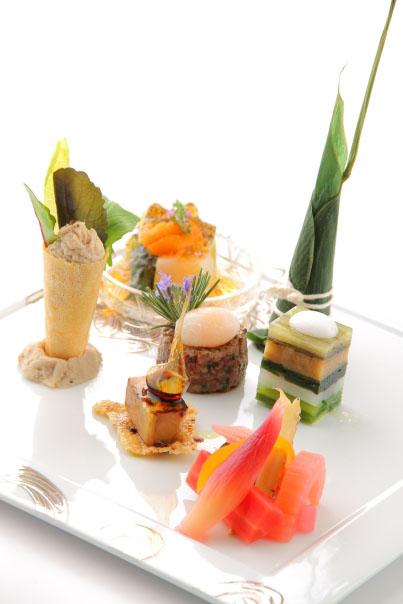 地上345メートルにセリュックスの宮下氏がプロデュースした新日本料理「Sky Restaurant 634(musashi)(スカイ ...