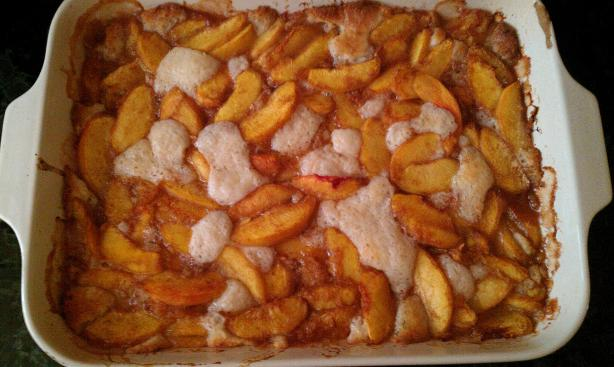 Good-'n'-Gooey Fresh Peach Cobbler