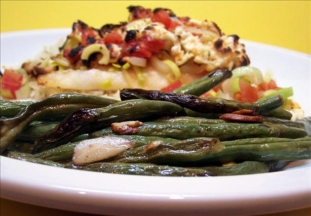 Mediterranean Roasted Green Beans with Slivered Almonds