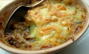 Traditional English Cottage Pie With Cheese and Leek Topping