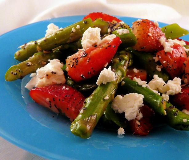 Asparagus Strawberry Salad Recipe Healthy Food Com