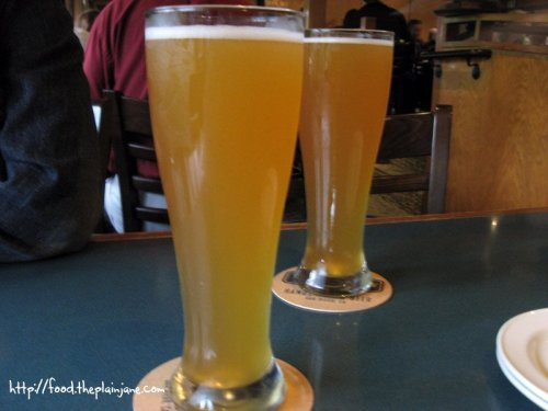 Windansea Wheat Hefeweizen - Karl Strauss Brewery / San Diego, CA