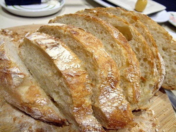 sliced-homemade-bread
