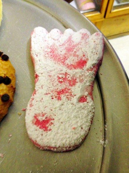 pink-foot-shortbread-cookie
