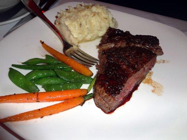 steak-veggies-potatoes