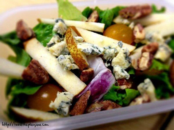 pear-blue-cheese-salad