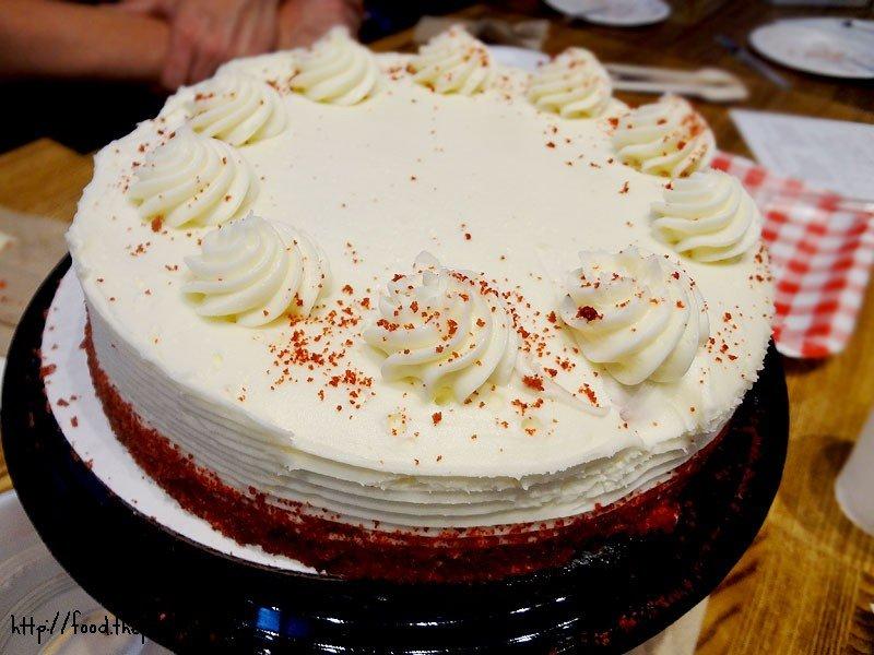 Fantastic Ralphs Red Velvet Cake This Tasty Life Personalised Birthday Cards Arneslily Jamesorg