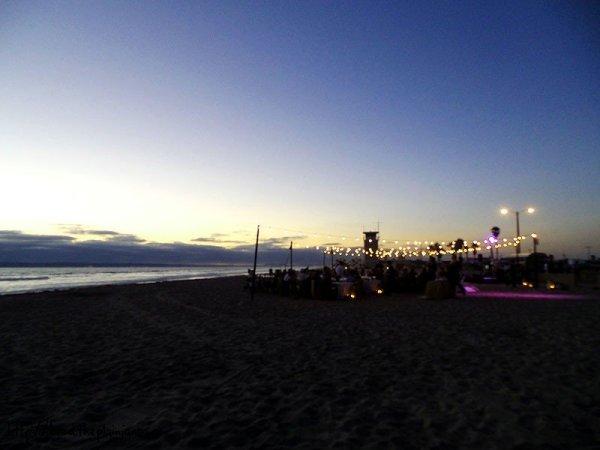 dinner-on-the-beach-dusk