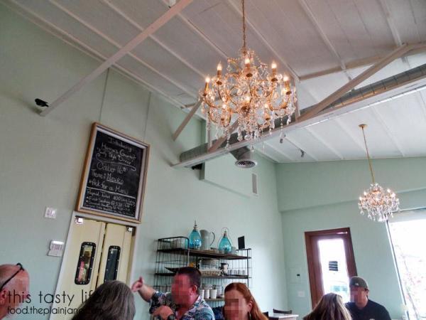 Pretty light fixtures at Hanna's Gourmet