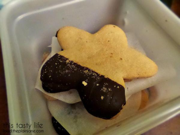 sugar-cookie-chocolate-dipped-stars