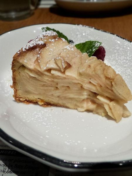 apple-pie-custard-torte