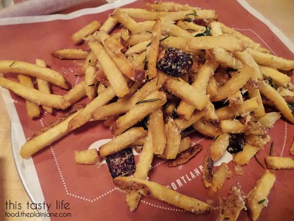 dirty-fries-with-pork-scraps-lardo