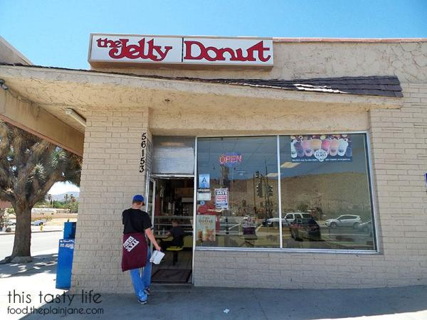 the-jelly-donut-storefront