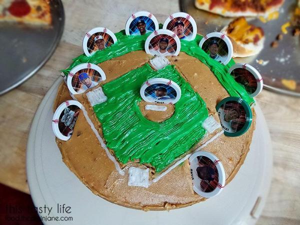 baseball-birthday-cake-above