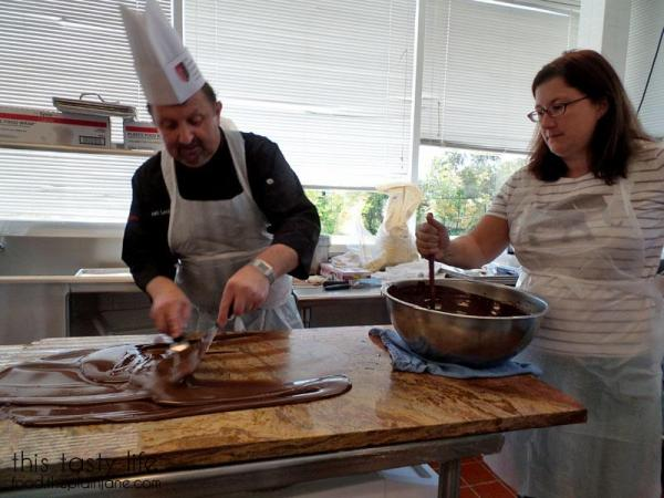 chef-kurt-tempering-chocolate2