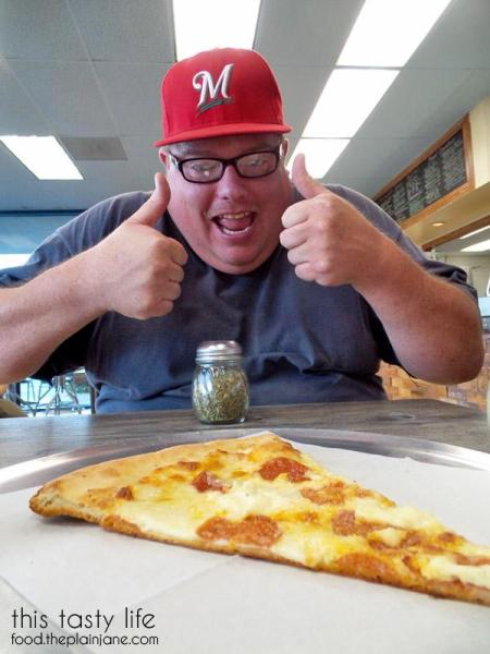 long-island-mikes-pizza-model