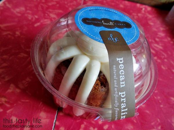 nothing-bundt-cakes-pecan-praline