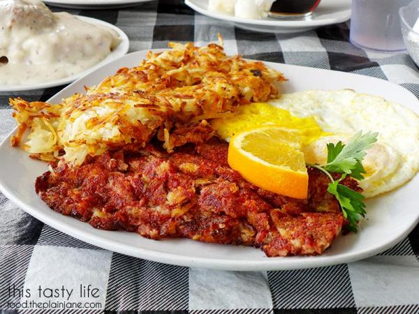 The Pasty Cline - Corned Beef Hash breakfast at Suzy Q's Diner - Escondido, CA