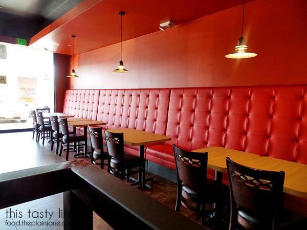 Booths inside the restaurant. | Pizzanometry | Mira Mesa / San Diego, CA / This Tasty Life - http://food.theplainjane.com
