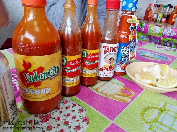 el-taco-riendo-ensenada-hot-sauces