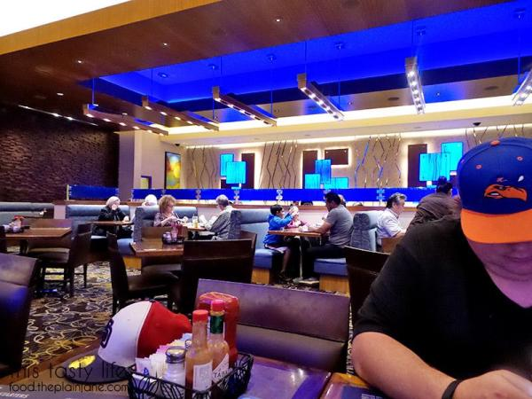 Interior at The Cafe at Harrah's Rincon Casino | Valley Center, CA