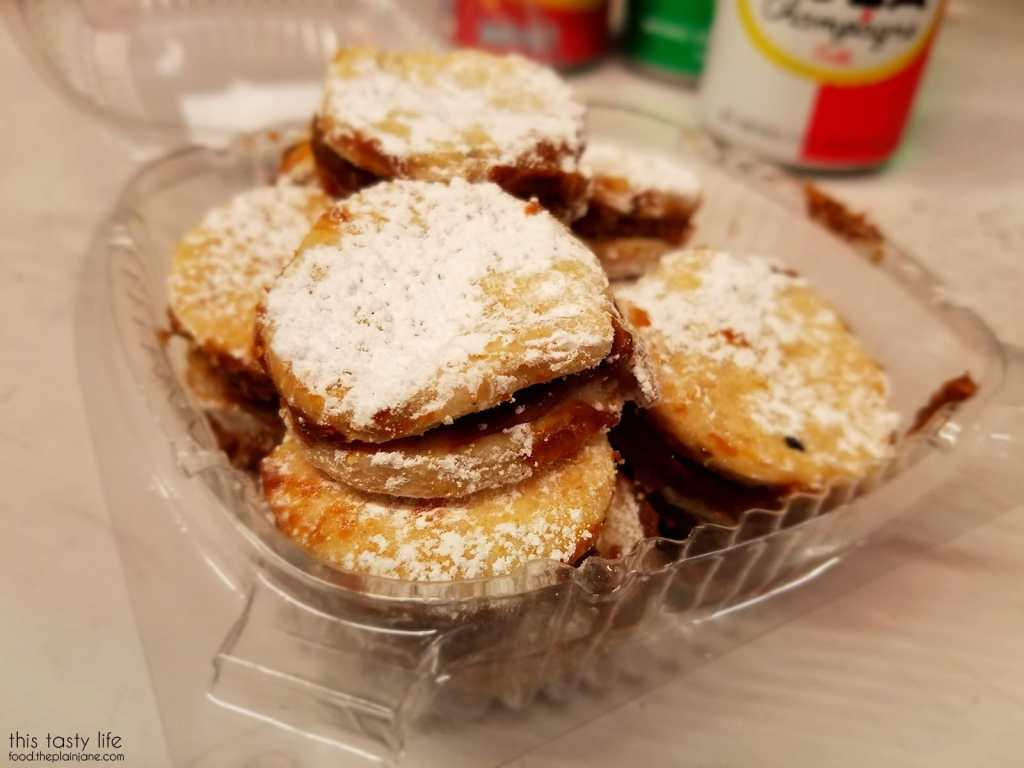 Mini alfajores cookies | Tropical Star Restaurant - San Diego, CA