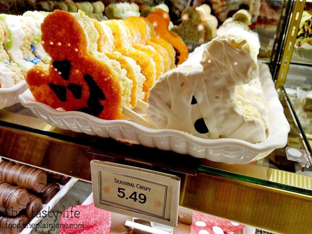 disneyland-halloween-treats