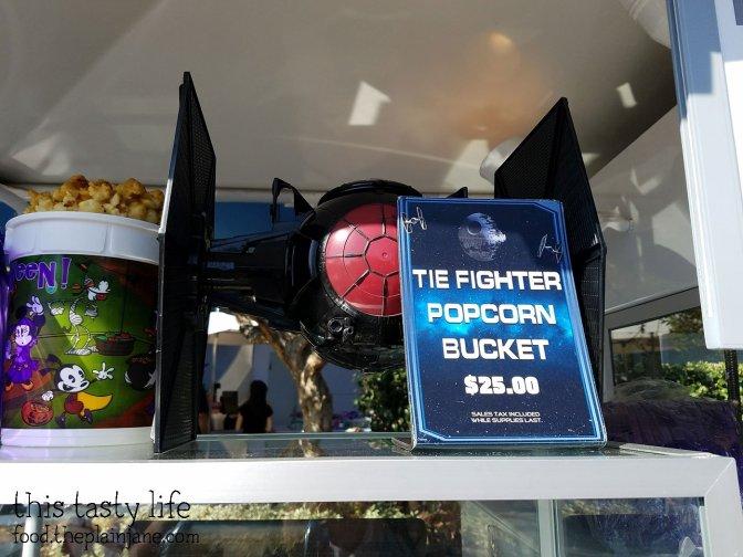 tie-fighter-popcorn-bucket-sign
