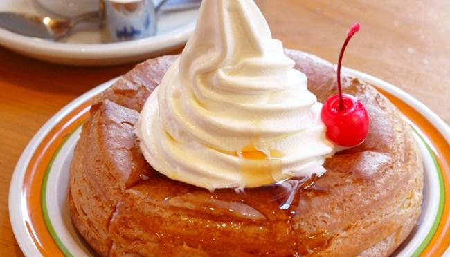 いつか食べたいエッグスンシングスのパンケーキ。オススメはコメダのシロノワールw