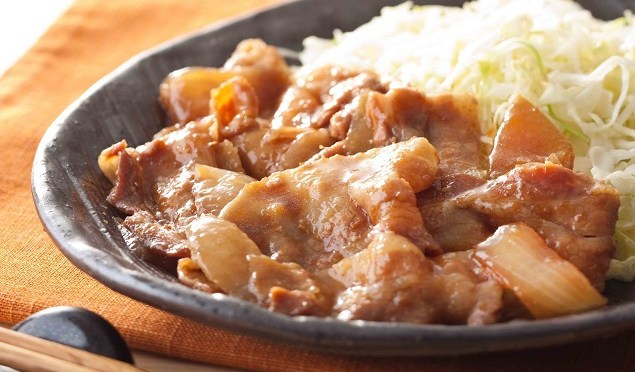 美味しい生姜焼きの簡単レシピ!生姜焼き用の肉は使いません