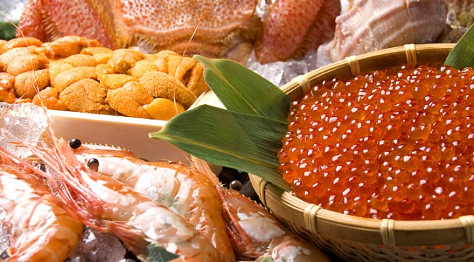 アワビ、蒸しウニ、シマエビ、オニエビ、北海道檜山地方は海鮮の宝庫