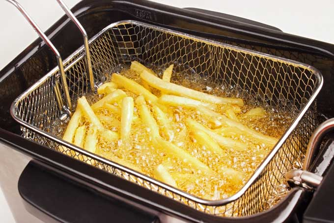 kitchener triple basket deep fryer corner kitchen curio cabinet the best reviewed home fryers in 2019 a foodal buying guide for fish fries and more