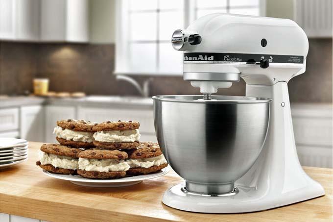 kitchen aid classic plus units kitchenaid 4 5 quart stand mixer review foodal of the k45ssob series com