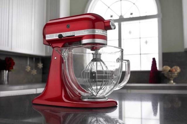 KitchenAid KSM155GB 5 Qt. Artisan Design Series with Glass Bowl Review