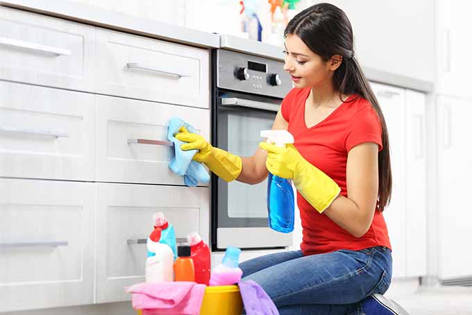 Ultimate Guide To Cleaning Kitchen Cabinets & Cupboards Foodal