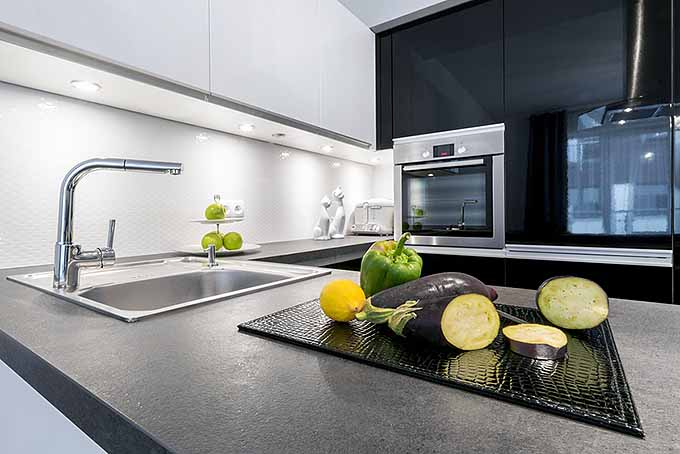 kitchen counter pendant lights for keep your countertops sparkling with these tips foodal concrete com
