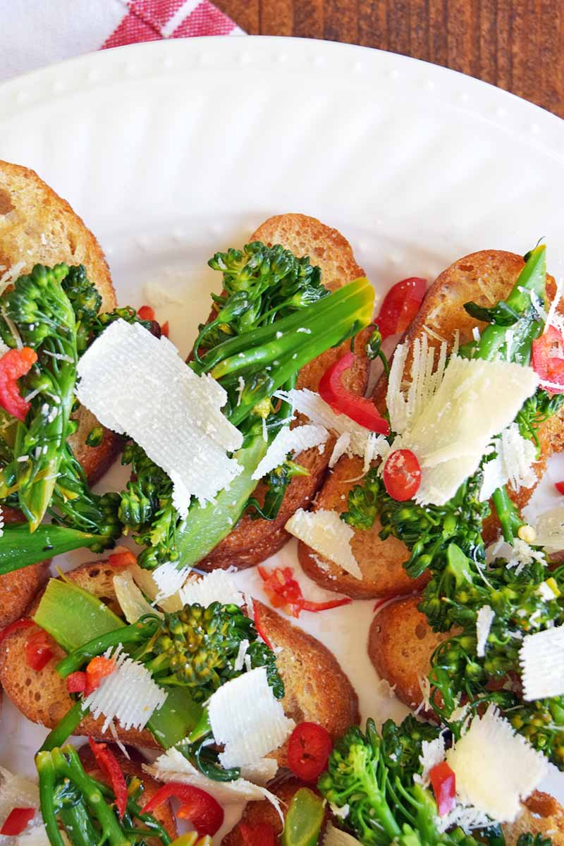 Broccoli Rabe Tartines With Chilies And Pecorino