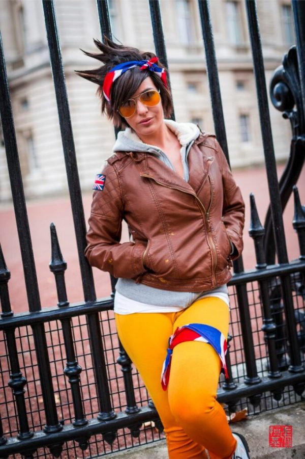 Tracer / Overwatch by Lisa Lou Who - Food and Cosplay