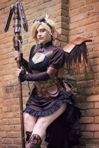 Interview with DemoraFairy Cosplay at LFCC 2019