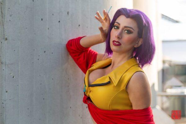 Seviria con su cosplay de Faye Valentine
