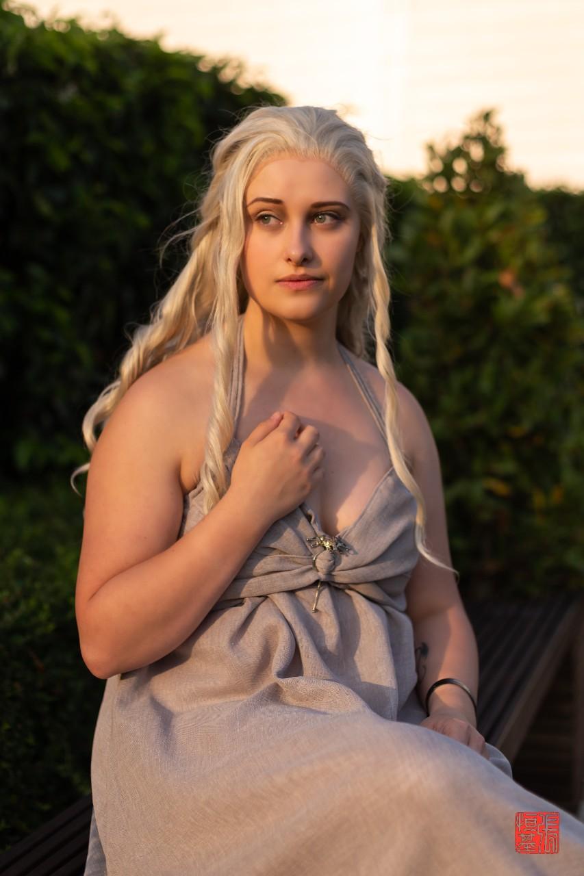 Daenerys Targaryen / Game of Thrones by TwistedRealityArts